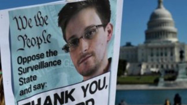 Una manifestación en apoyo al ex contratista Edward Snowden.