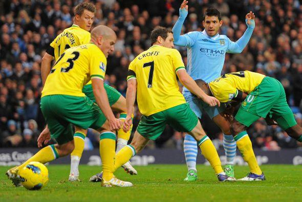 Su nueva víctima fue el Norwich. El primer gol fue del 'Kun' Aguero.