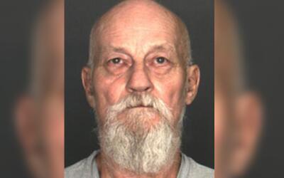 Frank French, de 72 años, fue arrestado en Fontana, California lu...
