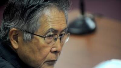El ex presidente Alberto Fujimori debe al Estado cerca de $3 millones en...