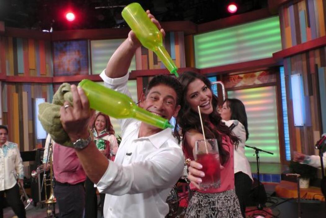 Johnny y Ana Patricia celebran a lo grande cada mañana en el programa.
