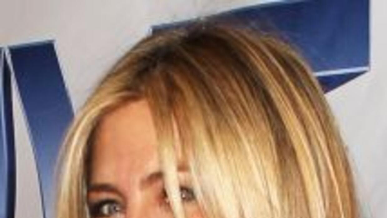 Jennifer Aniston podría tener seis meses de embarazo con su pareja Justi...