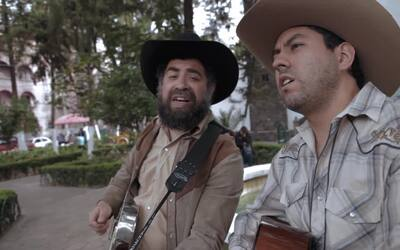 """Nuevo Video Musical  """"Por unas Heladas"""""""