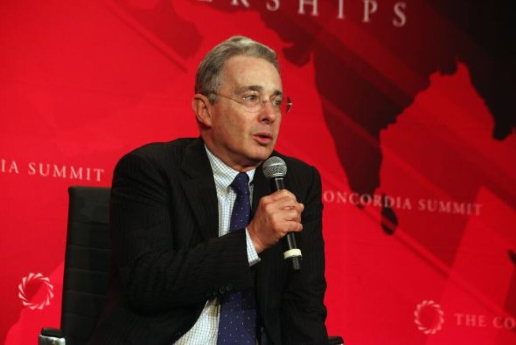 El ex presidente colombiano Alvaro Uribe Vélez buscará crear las condici...