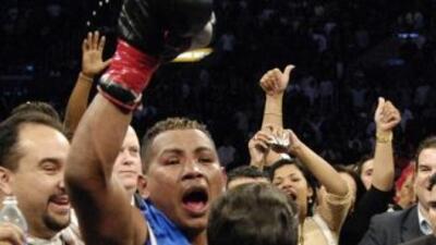 Ricardo Mayorga noqueó en un round a Allen Medina.