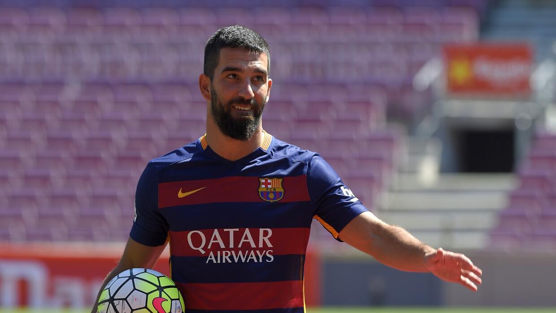 El Barcelona pide permiso a la Real Federación Española de Fútbol para i...