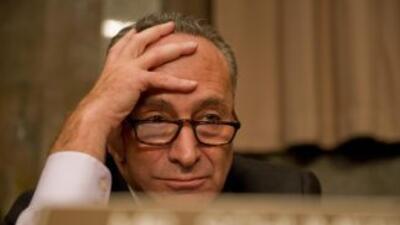 El senador demócrata Charles Schumer (Nueva York) vuelve a mencionar el...