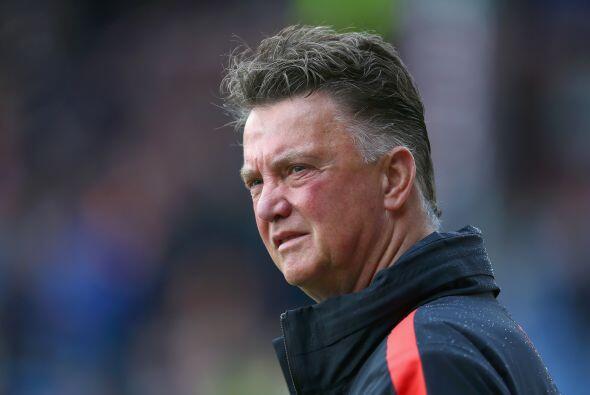 Louis Van Gaal no ha tenido un inicio fácil con el Manchester United, in...