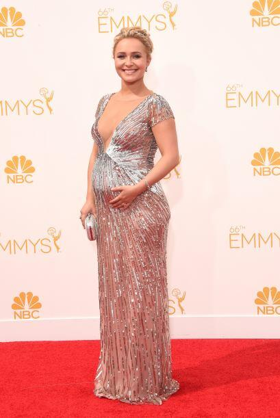 Tremenda panza que tiene ya Hayden Panettiere. La actriz confirmó su emb...