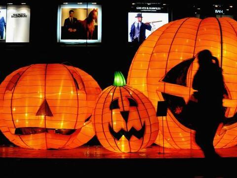 ¿Sabías que las máscaras de Halloween asustan a los...
