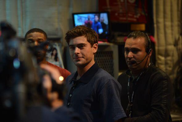 Guapo y encantador, Zac Efron llegó a la casita de Despierta Am&e...