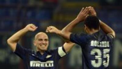 Cambiasso y Rolando fueron decisivos en el triunfo del Inter.