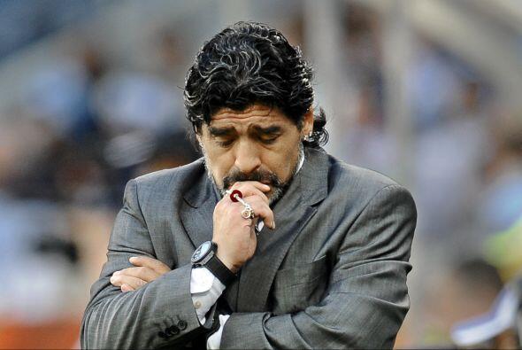 ''Estoy desesperado, daría la vida por ser entrenador'': Diego Ma...