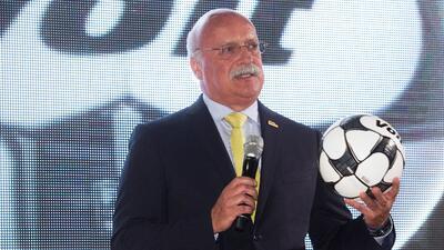El presidente de la Liga MX, Enrique Bonilla, conversará con la Conmebol.
