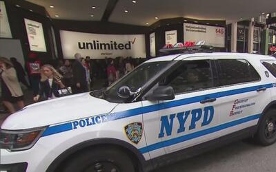Estados Unidos refuerza su seguridad en los lugares públicos tras el ata...