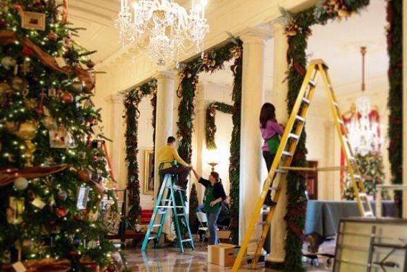 La primera dama, Michelle Obama, nos enseñó cómo luce el árbol en La Cas...
