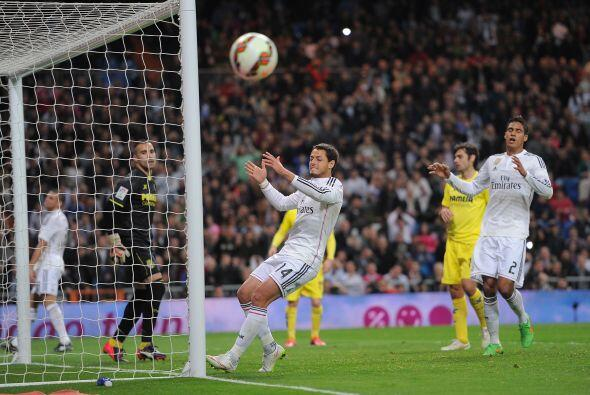 Cristiano Ronaldo estuvo cerca de anotar el 2-1 para el Real Madrid pero...