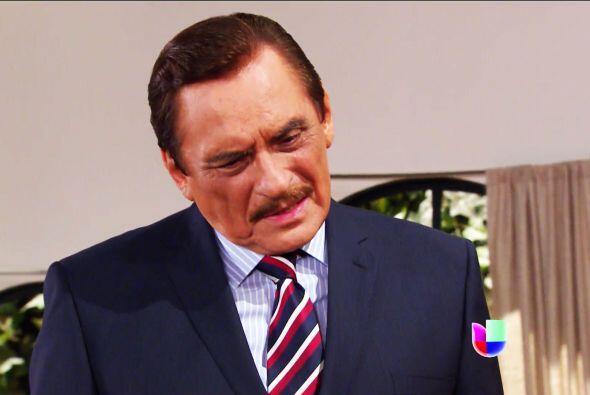 No don Fernando, Esmeralda no está alucinando. Fela volvió...