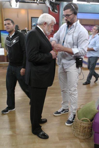 Jaime Maussan visitó el foro de 'Despierta América' para d...