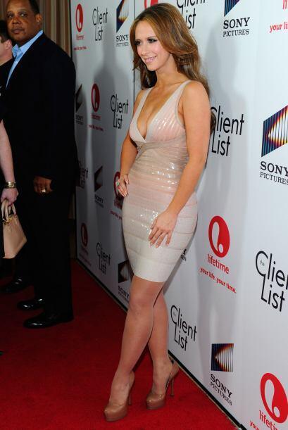 Deleite la pupila: Tremendo escotazo audaz de Jennifer Love Hewitt | Com...