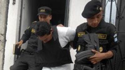 Se entrergó el cómplice del crimen del abogado guatemalteco, Rodrigo Ros...