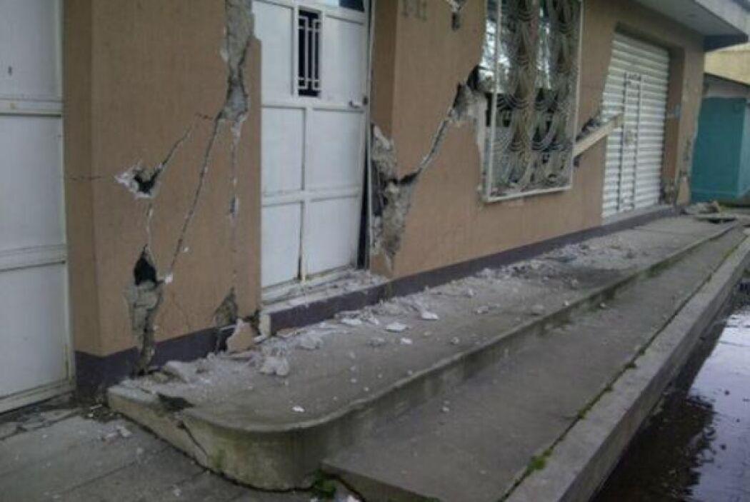 Algunos de los daños ocasionados productos del Sismo sentido hoy en Guat...