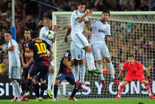 Apenas comenzó el duelo y el Barcelona pasó a ser el cuadro que dominaba...