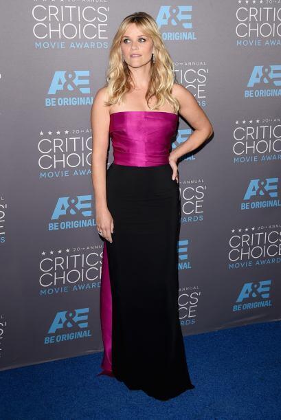 Entre más pasan los años, Reese Witherspoon se pone mucho mejor y en cad...
