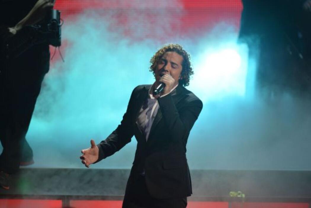 Esta canción fue un homenaje a su compatriota Alejandro Sanz.
