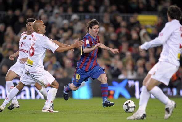 Messi y Xavi entraron en la segunda parte y mejoraron la cara del Barcel...