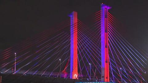 El puente Kosciuszko rinde tributo a los militares caídos en servicio co...