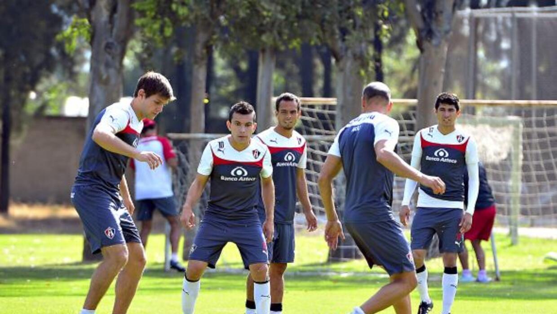 El cuadro rojinegro ya entrenó en Brasil como parte de su preparación de...