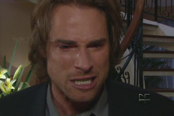 """""""Arturo"""" sufría y sufría con tan malosa mujer."""