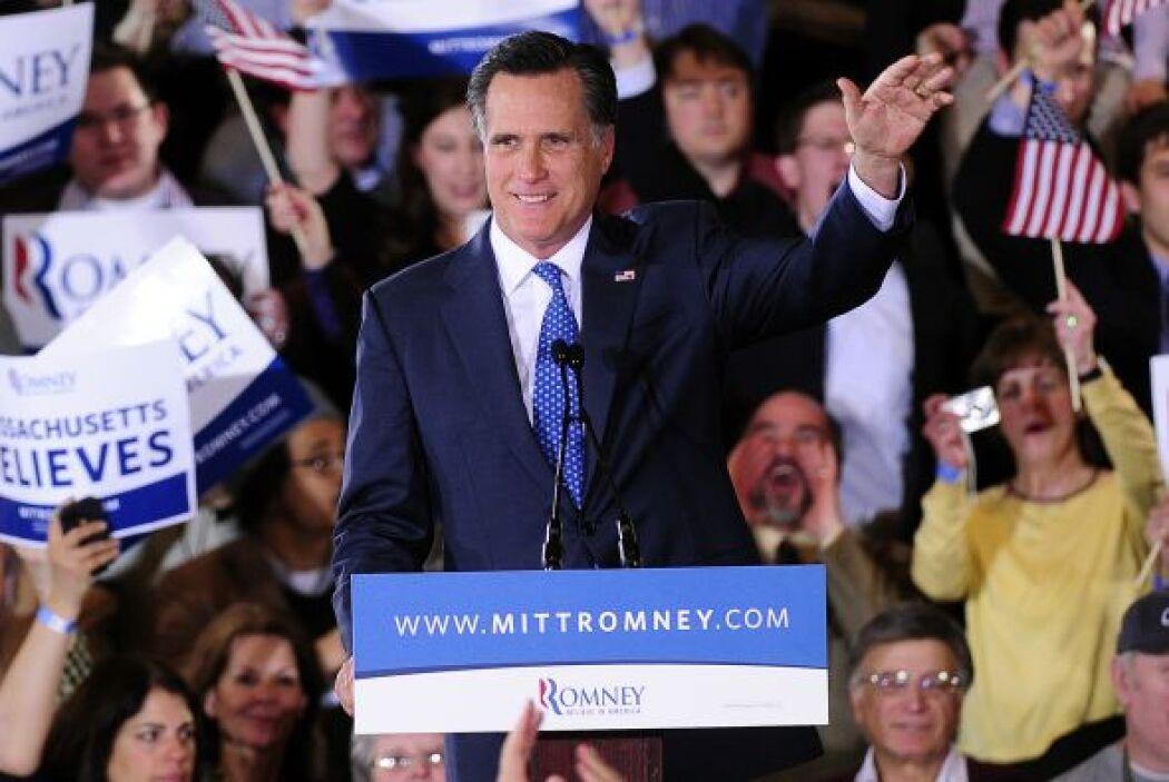 Agosto 30- Mitt Romney acepta la candidatura a la presidencia de Estados...
