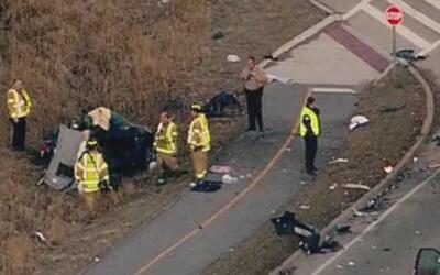 Autoridades investigan accidente de tráfico en el barrio Hermosa