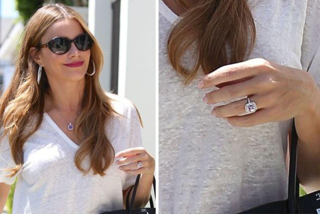 Aunque esa sonrisa y ese anillo dicen más que mil palabras.
