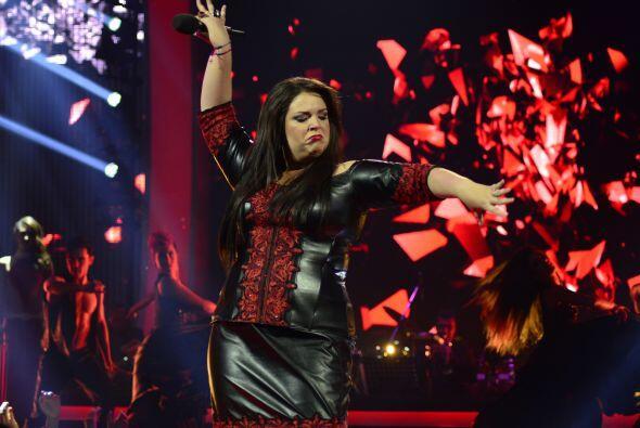 """Y con """"Corazón partío"""", Yazaira tuvo su segunda participación de la noche."""