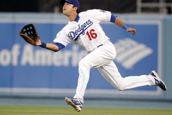 El jardinero de ascendencia mexicana de los Dodgers de Los Angeles, Andr...