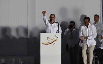 Rodrigo Londoño finalmente se disculpó en nombre de las FARC con todas l...