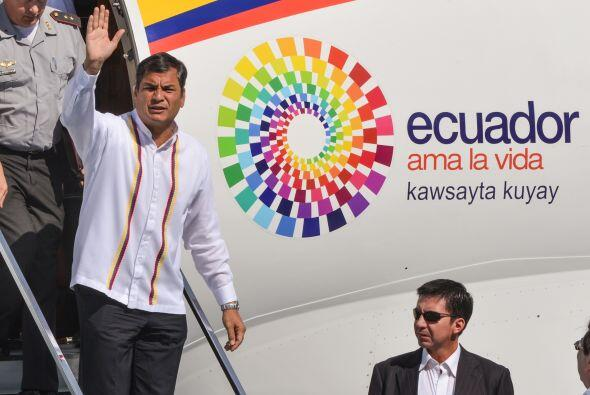 El mandatario ecuatoriano, acompañado por el canciller Ricardo Pa...