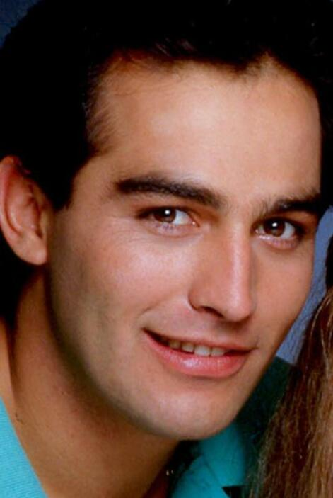 """Encarnó a """"Luis Felipe"""" el gran enamorado de """"Isabel""""."""