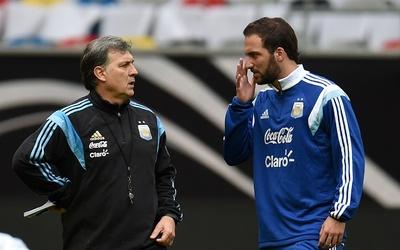 Higuaín no fue convocado por Martino para eliminatorias con Argentina.