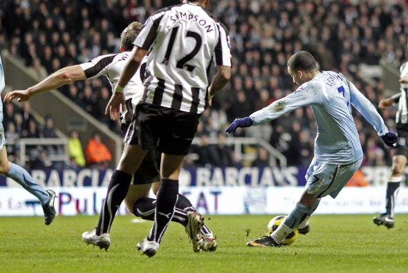 Aaron Lennon anotó el tanto del Tottenham y decretó el resultado final....