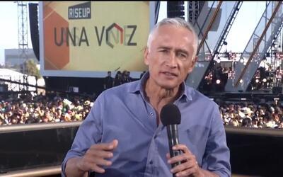 Jorge Ramos dice por qué se rehúsa a vivir con miedo y limitado por fron...