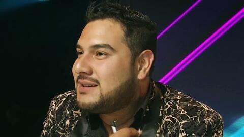 Alan Ramírez aprende a vivir con esa enorme cicatriz en su cuello luego...