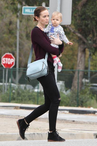 En mayo llegó Hazel, la primera hija de Emily Blunt, que está Navidad es...