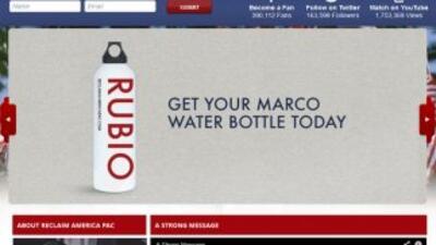 La página de Reclaim America, vende botellas con el nombre del Senador M...