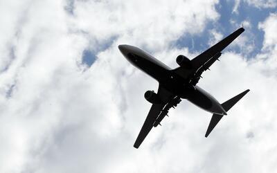 Unas 270,000 personas viajan desde los aeropuertos O'Hare y Midway este...