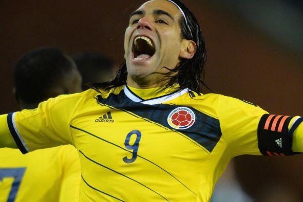 15.-  Radamel Falcao es el colombiano que parte el queso con 35,4 millon...