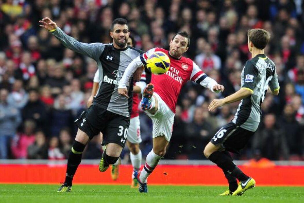 El Arsenal jugó a placer con la ventaja y no se descuidó como en otros p...